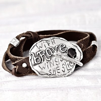 "<inline style=""color: rgb(95, 73, 122); font-size: 16px;"">'With Brave Wings' Toggle Leather Wrap Bracelet</inline>"